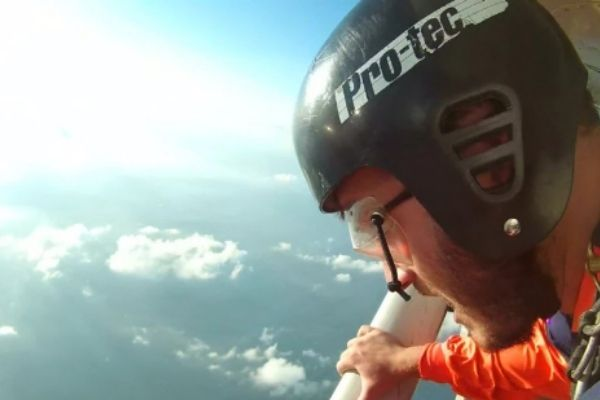height for skydiving
